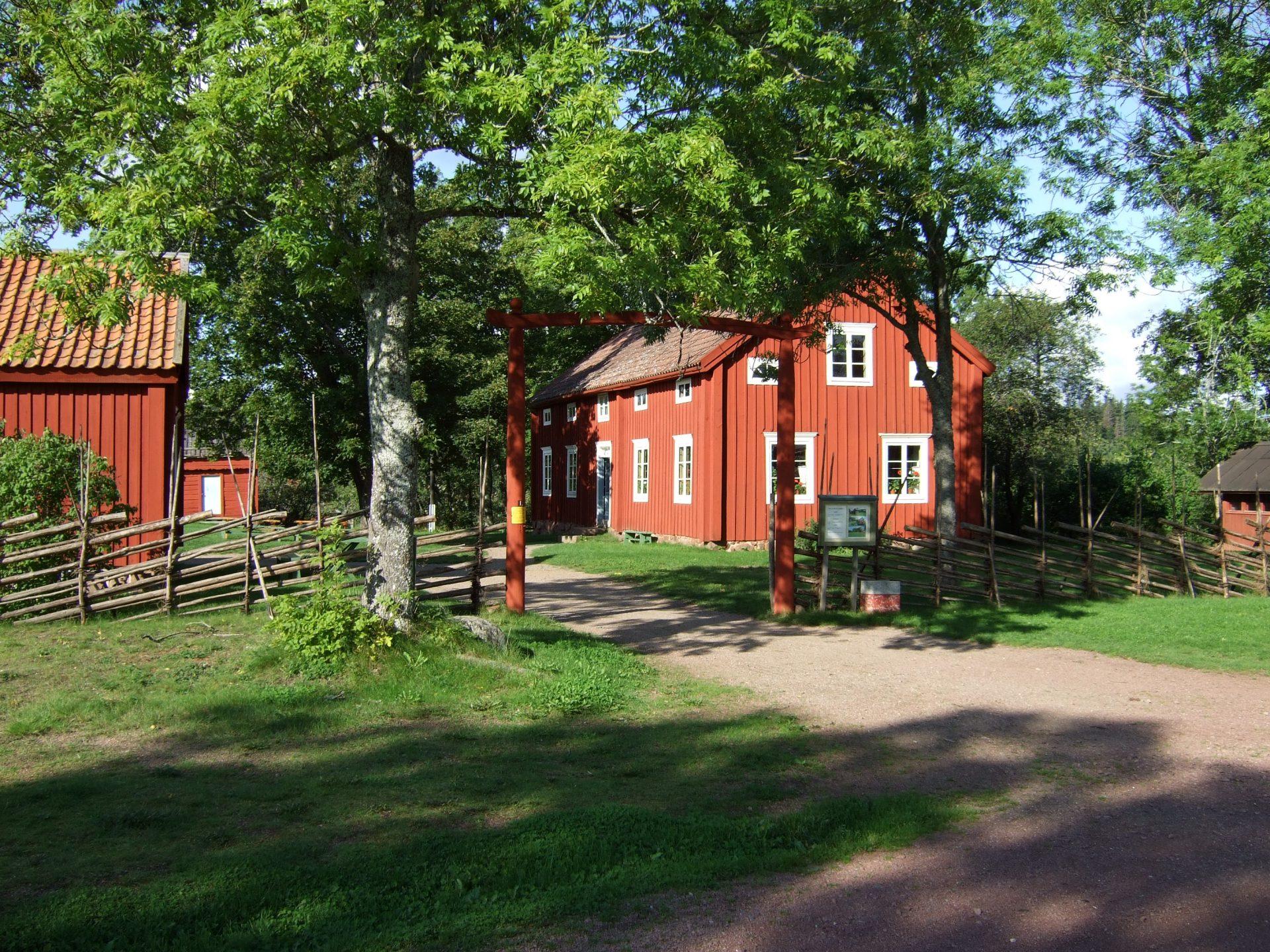 Jan_Karlsgården_Manbyggnaden